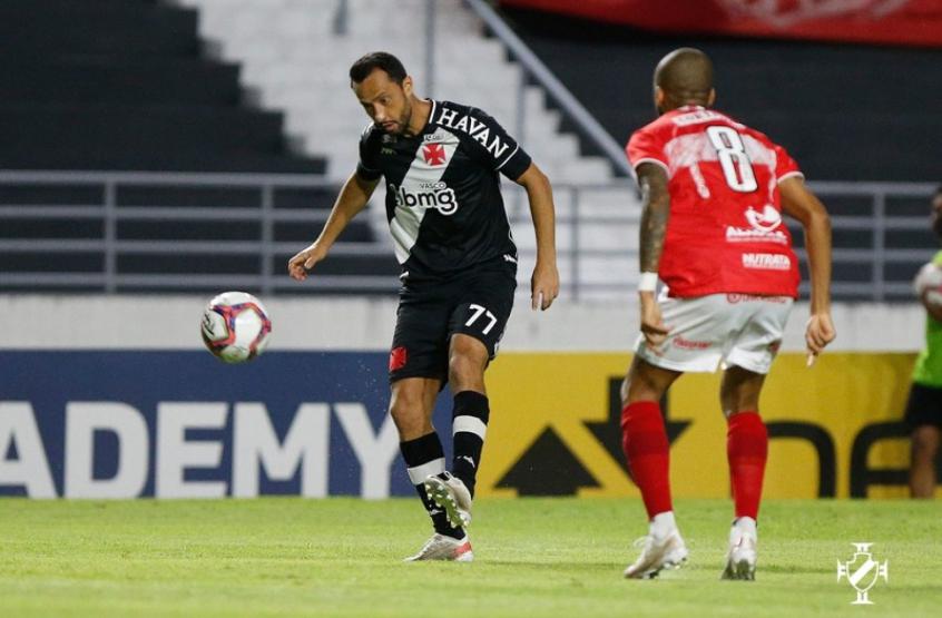 Na estreia de Fernando Diniz, Cano encerra jejum, mas Vasco vacila no fim e cede empate ao CRB