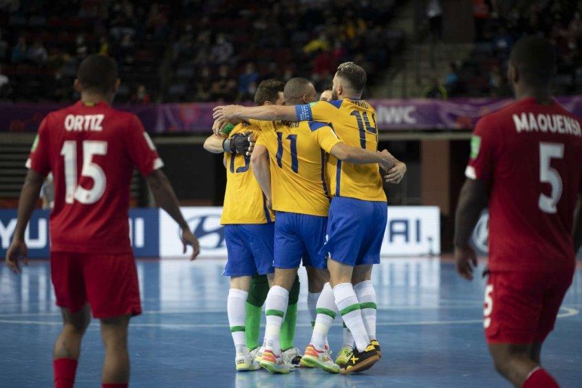 Brasil x Argentina: onde assistir, horário e escalações do jogo da semifinal do Mundial de futsal