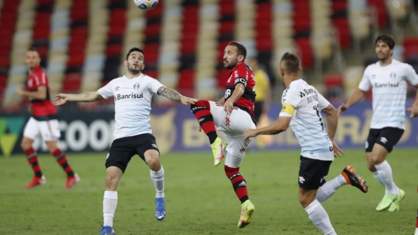 Com gol de Borja, Grêmio vence no Maracanã e quebra sequência do Flamengo