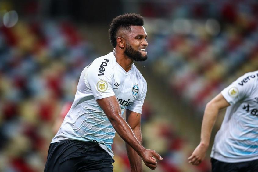 Felipão comemora 'evolução' do Grêmio na luta contra a queda