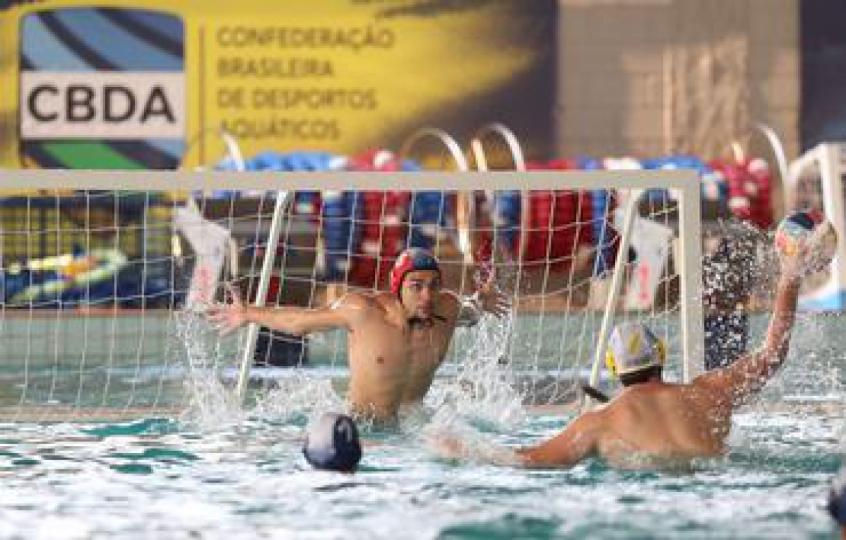 Brasileiro Sub-20 de polo aquático começa com clássico Sesi x Flamengo