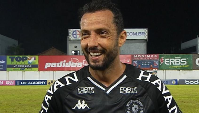 Autor do gol da vitória do Vasco, Nenê elogia bom resultado da equipe: 'Começo da nossa arrancada'