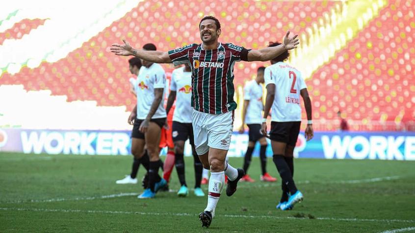Fred bate recorde, Fluminense leva susto, mas vence o Red Bull Bragantino no Brasileirão