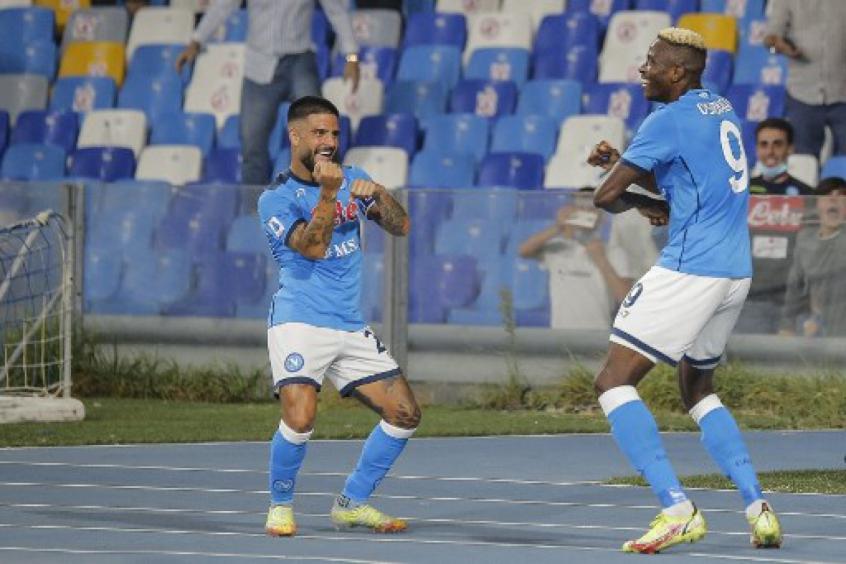 Napoli vence o Cagliari, mantém invencibilidade e segue na liderança do Campeonato Italiano