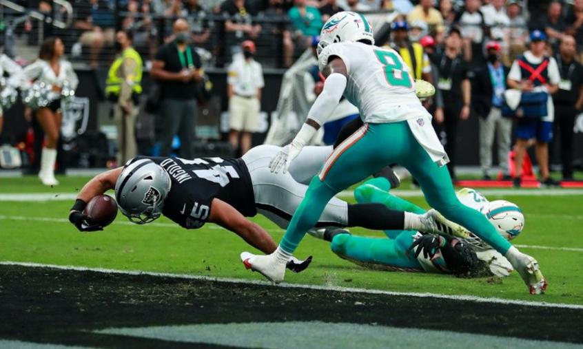 Raiders superam os Dolphins na prorrogação e seguem sem perder na temporada