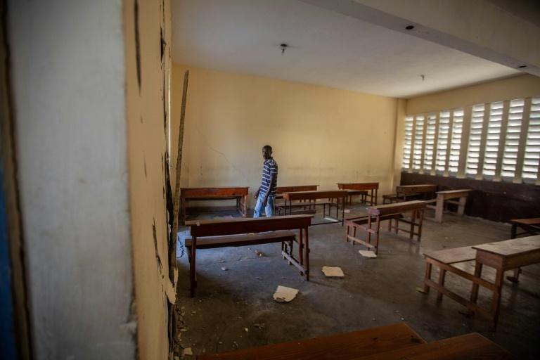 Falta de ajuda de emergência compromete retorno às aulas no Haiti