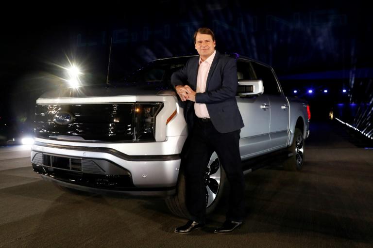 Ford anuncia investimento de US$ 11,4 bilhões para produção de carros elétricos