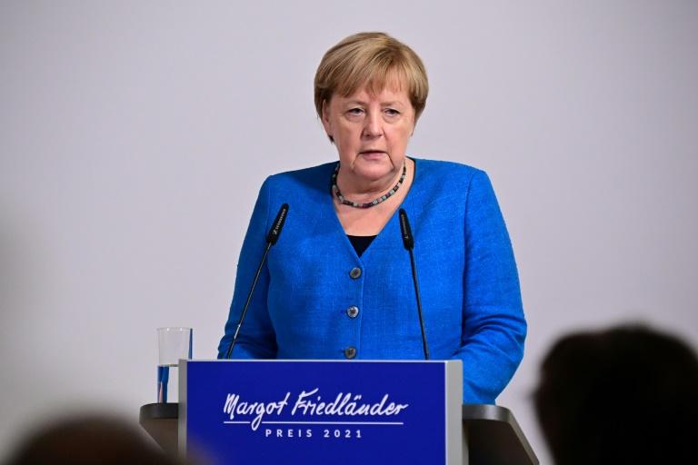 Angela Merkel e sua identificação tardia com o feminismo