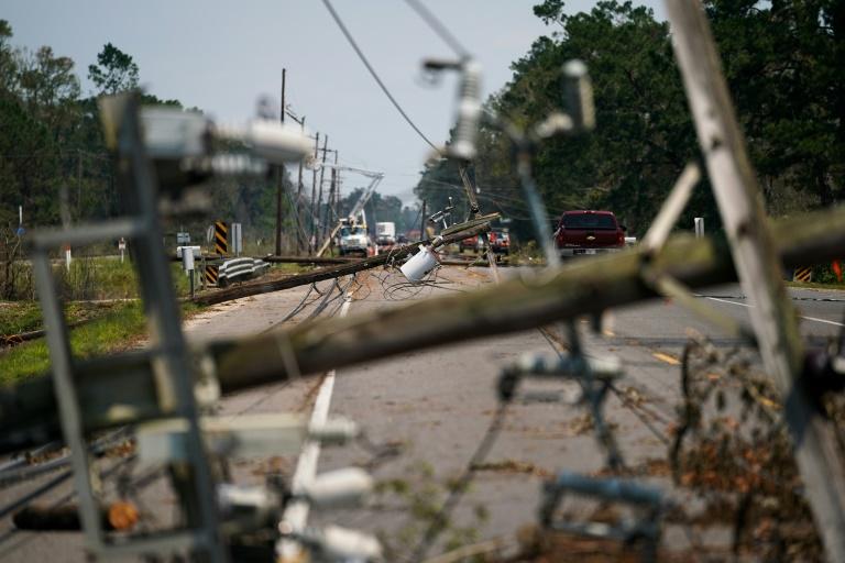 Pedidos de seguro-desemprego aumentam nos EUA após furacão Ida