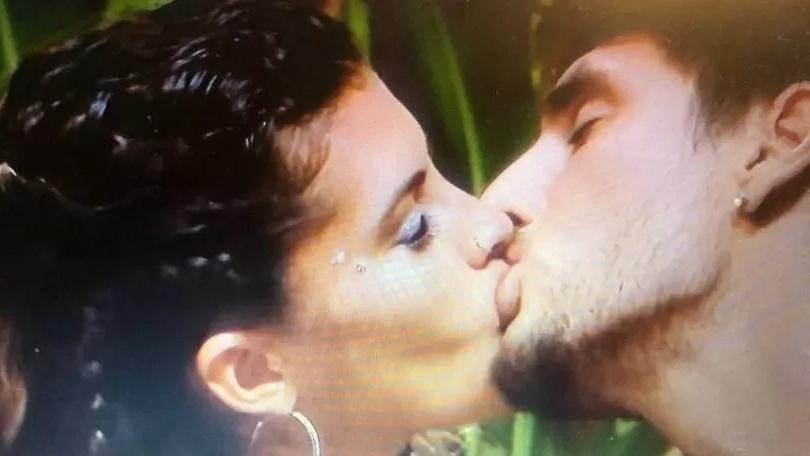 Casal transa em reality show e leva multa de R$ 111 mil