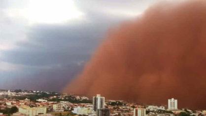 Vídeo: Tempestade de areia atinge interior de São Paulo e transforma o dia em noite