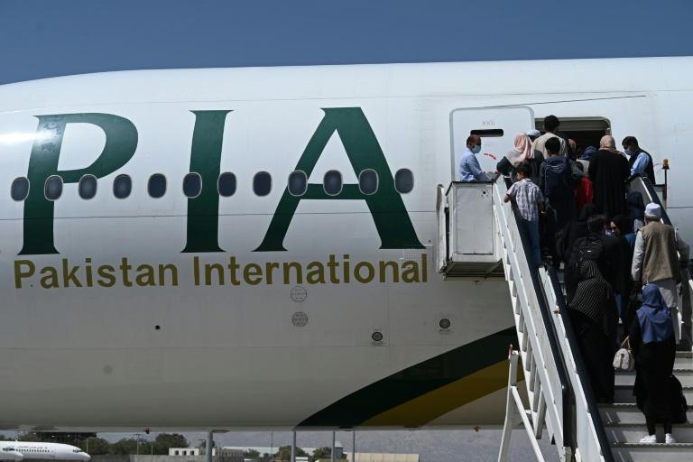 Companhia aérea paquistanesa PIA suspende voos a Cabul