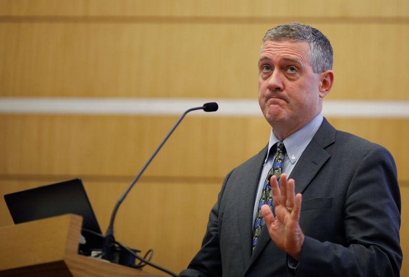 "Bullard: Fed deveria cortar estímulo neste ano ""de forma relativamente rápida"" para encerrá-lo no começo de 2022"