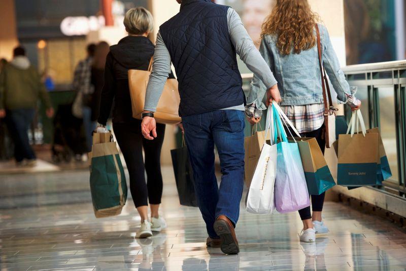 Atividade de serviços nos EUA vai a máxima recorde em julho, diz ISM