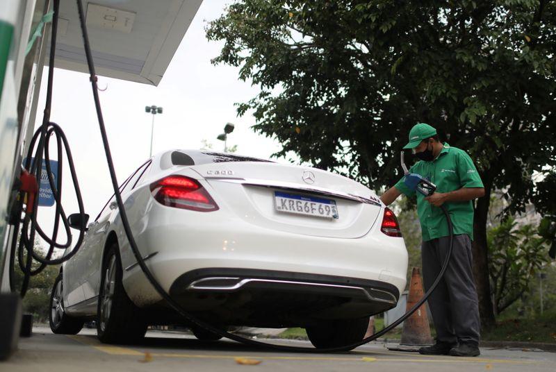 Estados apontam perda de R$ 24 bi com projeto que muda ICMS sobre combustíveis