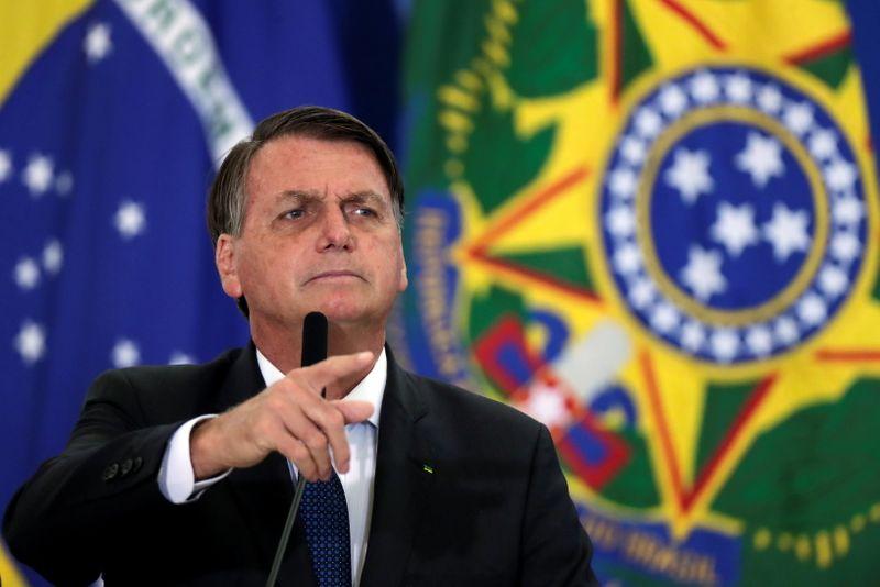 Após Fux pregar diálogo, Bolsonaro insinua que Justiça prepara farsa em eleições de 2022