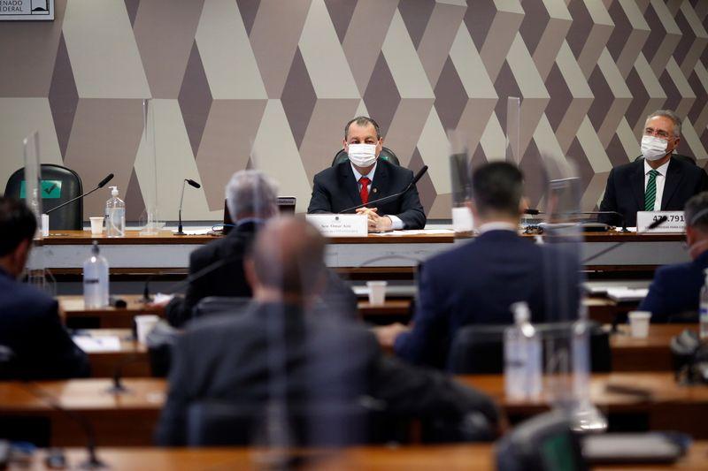 CPI da Covid retoma depoimentos com foco em irregularidades nas negociações de vacinas