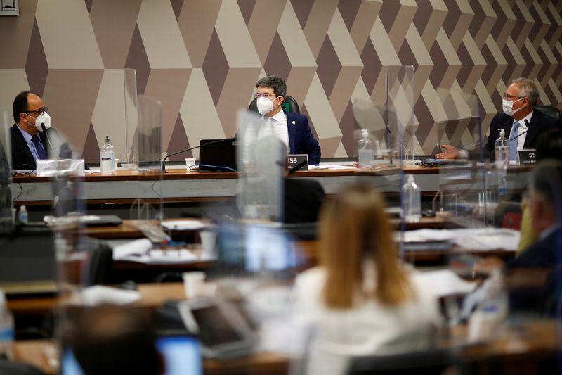 CPI aprova quebra de sigilo de líder do governo e adia convocação de Braga Netto