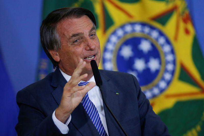 Bolsonaro faz aceno e diz que não há como acreditar em futuro sem entendimento com Judiciário
