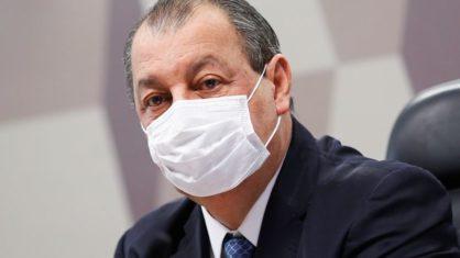 Pacheco vai tratar de ameaça de filho mais novo de Bolsonaro à CPI, diz Omar Aziz