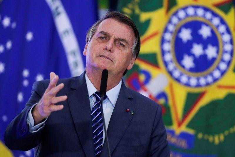 """'É uma quadrúpede"""", diz Bolsonaro ao se referir à apresentadora da CNN"""