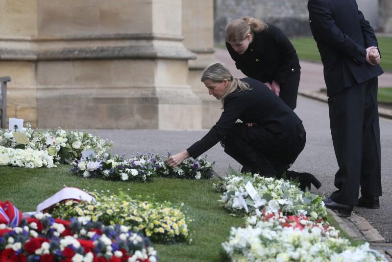 Emocionada, Sofia diz que morte de príncipe Philip deixou um grande vazio
