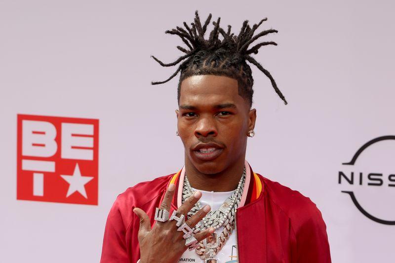 Rapper norte-americano Lil Baby é detido em Paris por posse de maconha