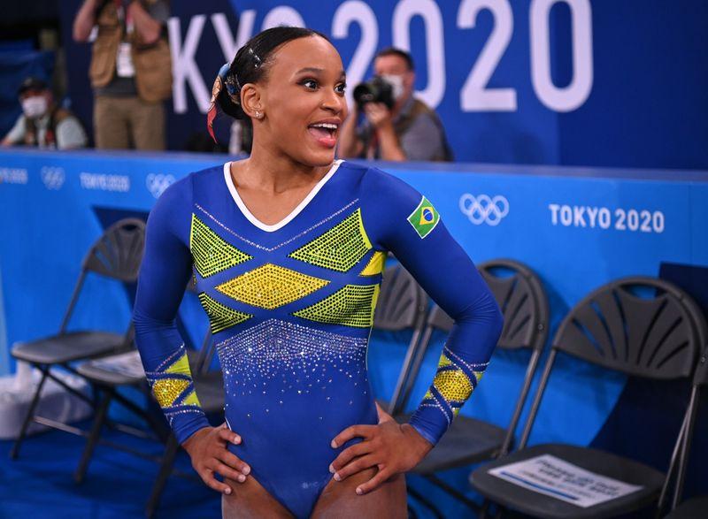 No 'berço' de Rebeca Andrade, medalhas inspiram luta de quem começa na ginástica