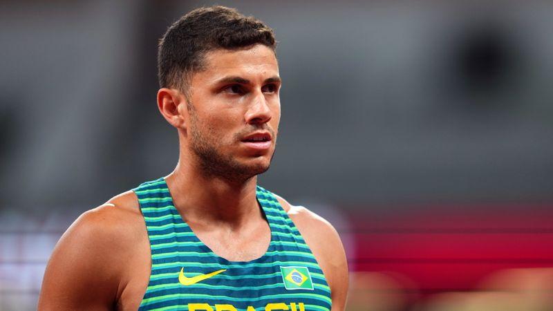 Thiago Braz conquista medalha de bronze no salto com vara nos Jogos de Tóquio, sueco é ouro