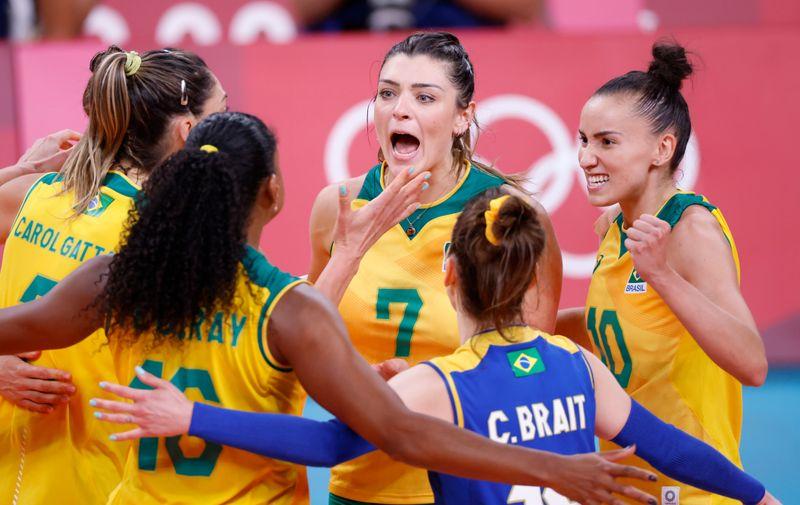 'Coreia é pedra no nosso sapato', alerta Zé Roberto sobre semifinal do vôlei feminino
