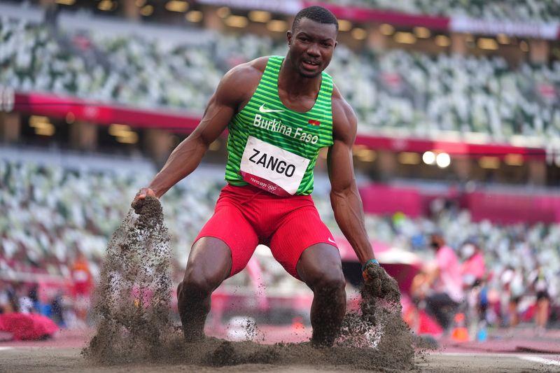 Burkina Faso comemora primeira medalha olímpica com salto de Zango