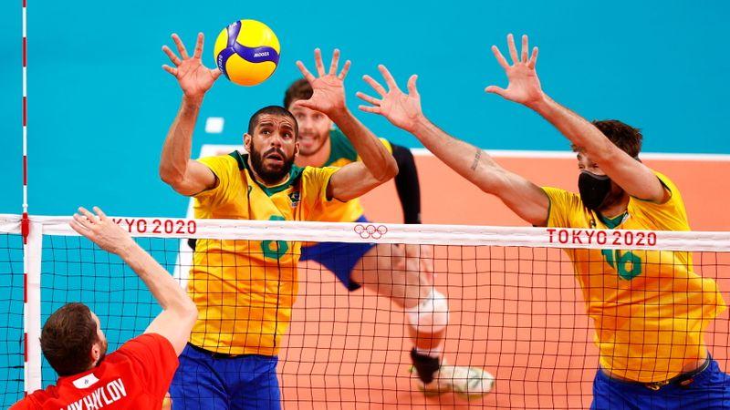 Brasil perde dos russos no vôlei masculino e disputará bronze contra Argentina