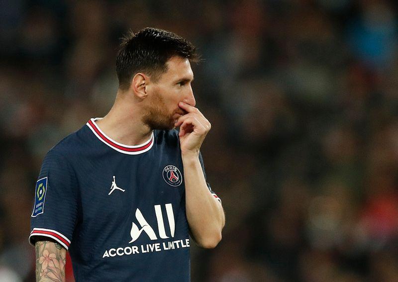 Messi desfalcará PSG contra o Metz por lesão no joelho