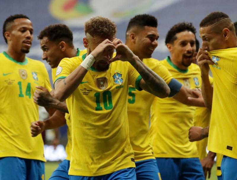 Brasil derrota Venezuela por 3 x 0 na abertura da Copa América