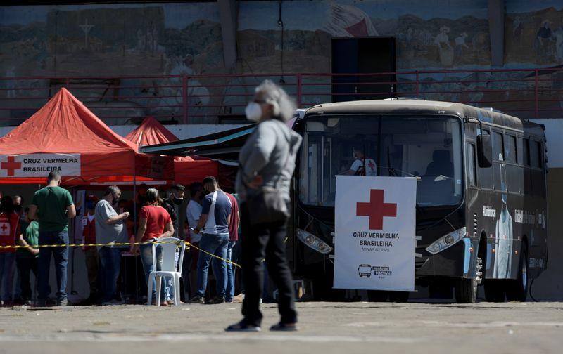 Estados irão manter vacinação de adolescentes, diz presidente do Conselho de Secretários