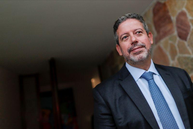 Congresso vai discutir valor fixo para ICMS sobre combustíveis, diz Lira