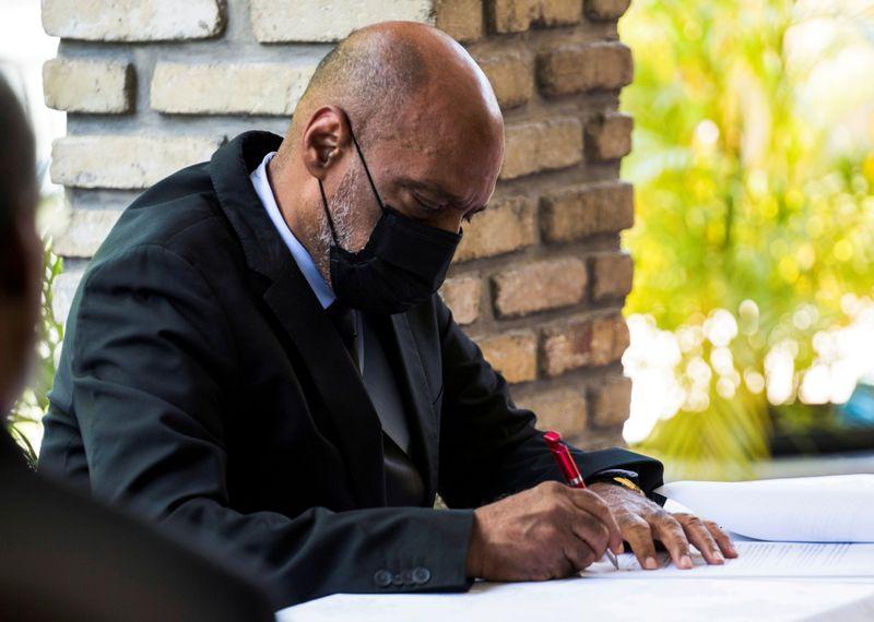 Eleição do Haiti é adiada após demissão de conselho eleitoral