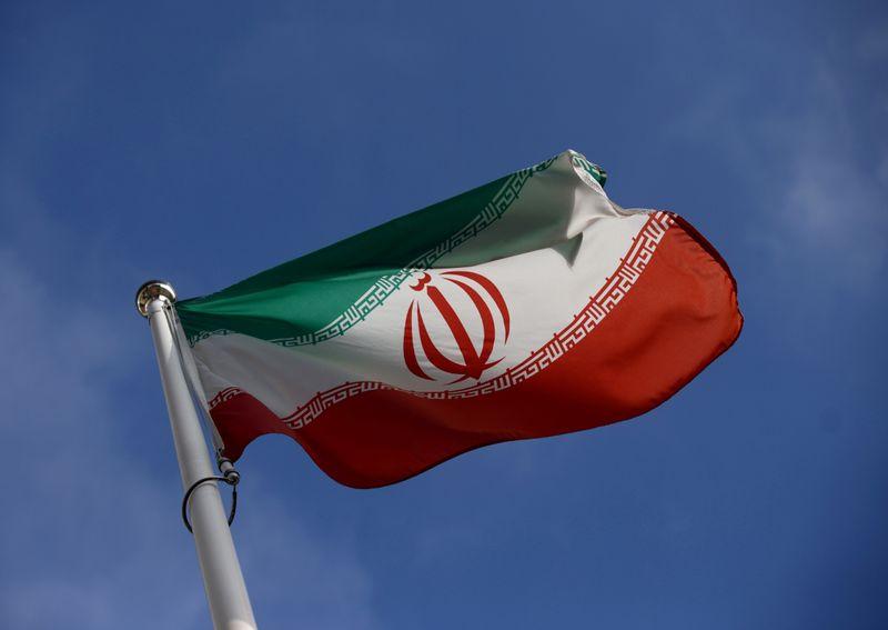 Irã precisa voltar a conversas nucleares para evitar escalada, diz autoridade francesa