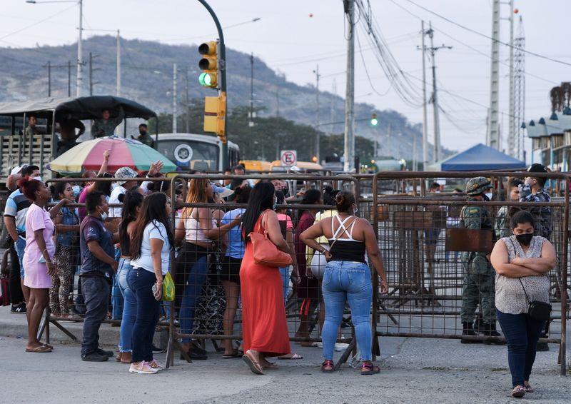 Número de mortos em motim em prisão no Equador sobe para 30