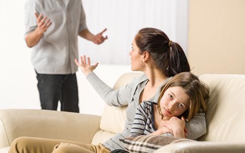 Pai E Mãe Devem Ser Presença Constante Na Vida Do Filho Istoé