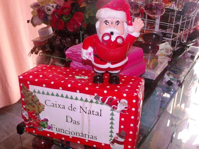 """Tão Tradicionais Quanto O Próprio Natal, """"caixinhas"""" No"""