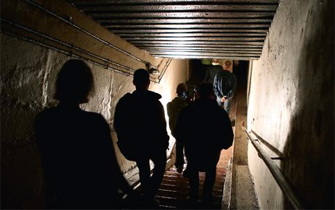 Resultado de imagem para Muitos dos 2.000 bunkers construídos durante a Segunda Guerra Mundial e a Guerra Fria ganham nova vida na Alemanha